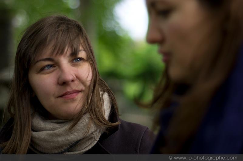 Séance portrait avec les copines dans les jardins de Paris